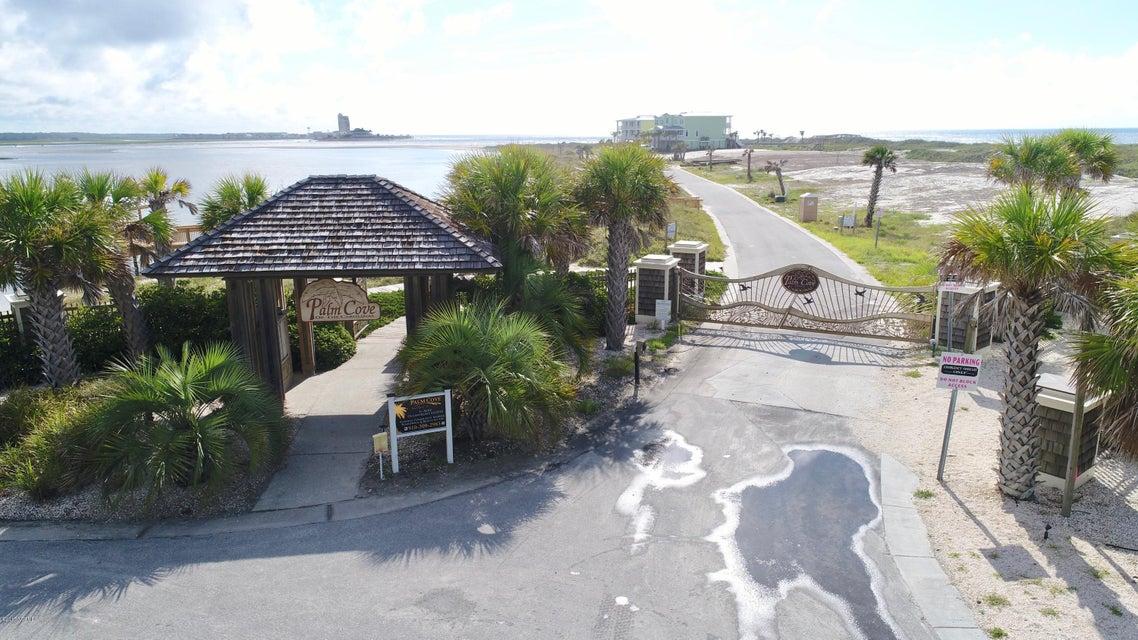 Palm Cove Real Estate - http://cdn.resize.sparkplatform.com/ncr/1024x768/true/20170811194421395952000000-o.jpg