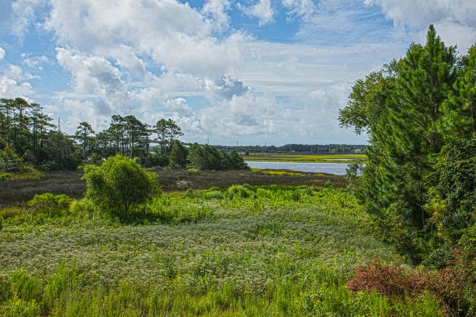 The Preserve at Oak Island Real Estate - http://cdn.resize.sparkplatform.com/ncr/1024x768/true/20170812203354091621000000-o.jpg
