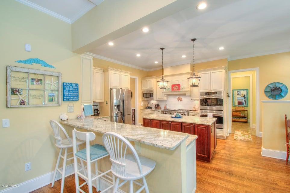 Harbor Oaks Real Estate - http://cdn.resize.sparkplatform.com/ncr/1024x768/true/20170817185043208497000000-o.jpg