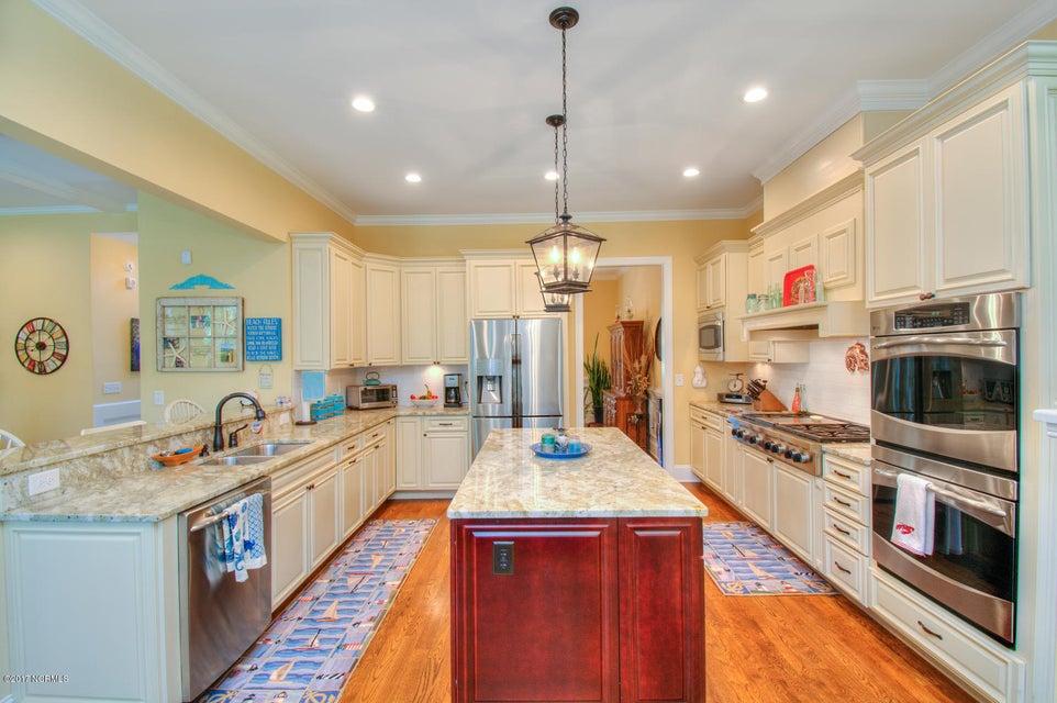 Harbor Oaks Real Estate - http://cdn.resize.sparkplatform.com/ncr/1024x768/true/20170817185044868881000000-o.jpg
