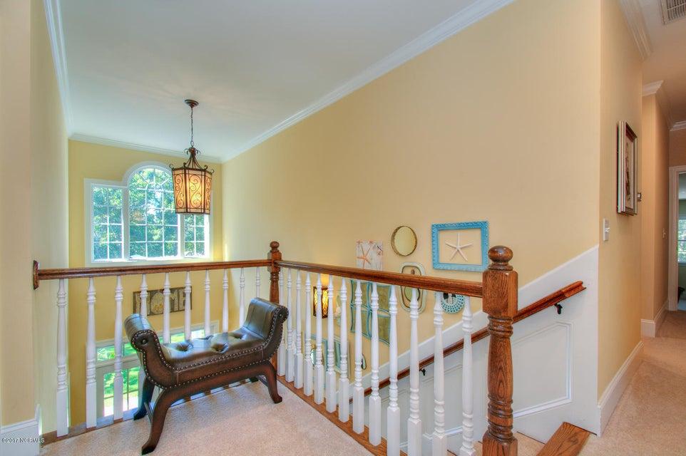 Harbor Oaks Real Estate - http://cdn.resize.sparkplatform.com/ncr/1024x768/true/20170817185111128433000000-o.jpg