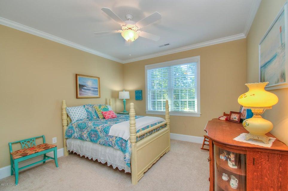 Harbor Oaks Real Estate - http://cdn.resize.sparkplatform.com/ncr/1024x768/true/20170817185116874235000000-o.jpg