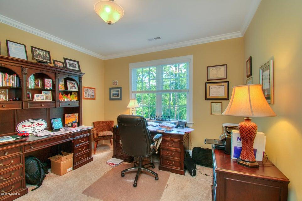 Harbor Oaks Real Estate - http://cdn.resize.sparkplatform.com/ncr/1024x768/true/20170817185122917543000000-o.jpg