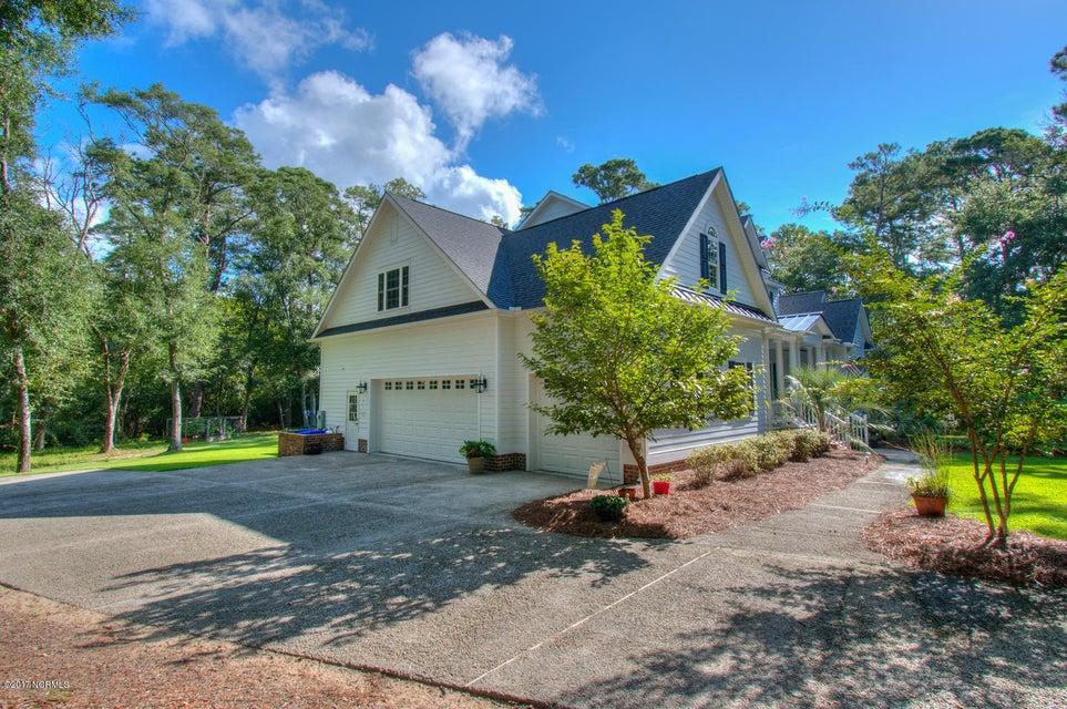 Harbor Oaks Real Estate - http://cdn.resize.sparkplatform.com/ncr/1024x768/true/20170817185133523625000000-o.jpg