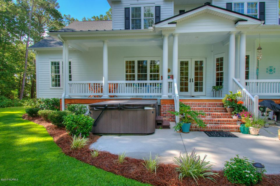 Harbor Oaks Real Estate - http://cdn.resize.sparkplatform.com/ncr/1024x768/true/20170817185140390223000000-o.jpg