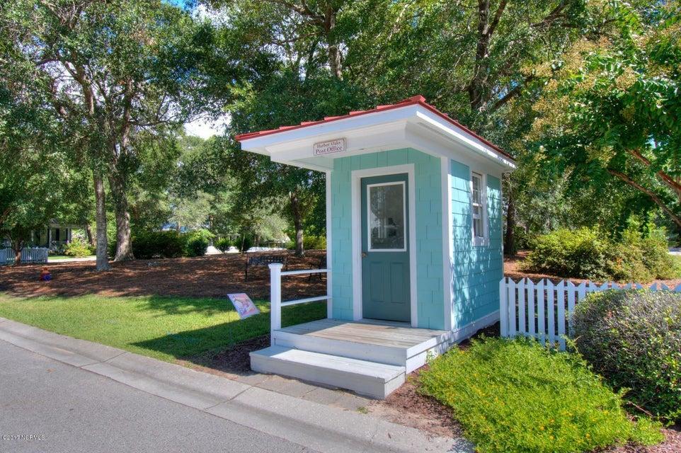 Harbor Oaks Real Estate - http://cdn.resize.sparkplatform.com/ncr/1024x768/true/20170817185156464448000000-o.jpg