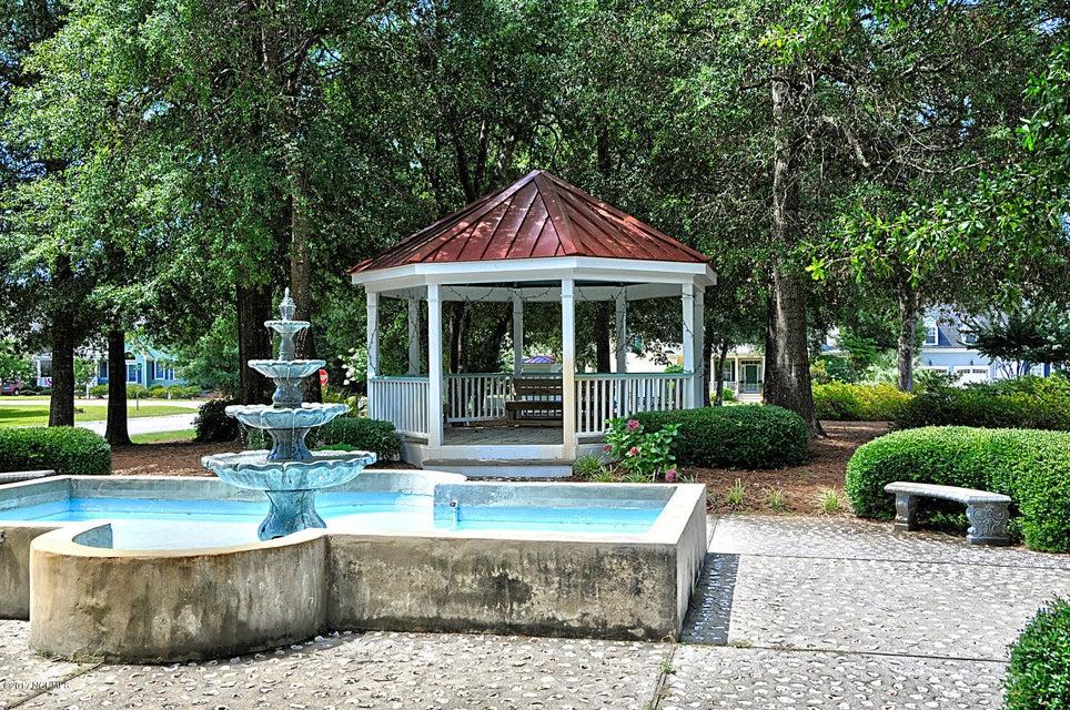Harbor Oaks Real Estate - http://cdn.resize.sparkplatform.com/ncr/1024x768/true/20170817191431181369000000-o.jpg
