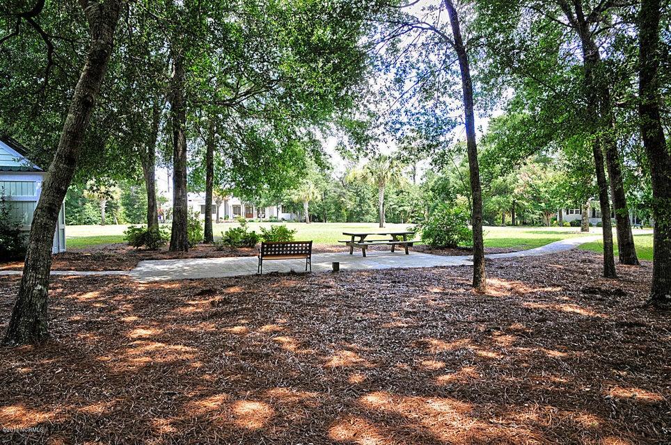 Harbor Oaks Real Estate - http://cdn.resize.sparkplatform.com/ncr/1024x768/true/20170817191440070633000000-o.jpg