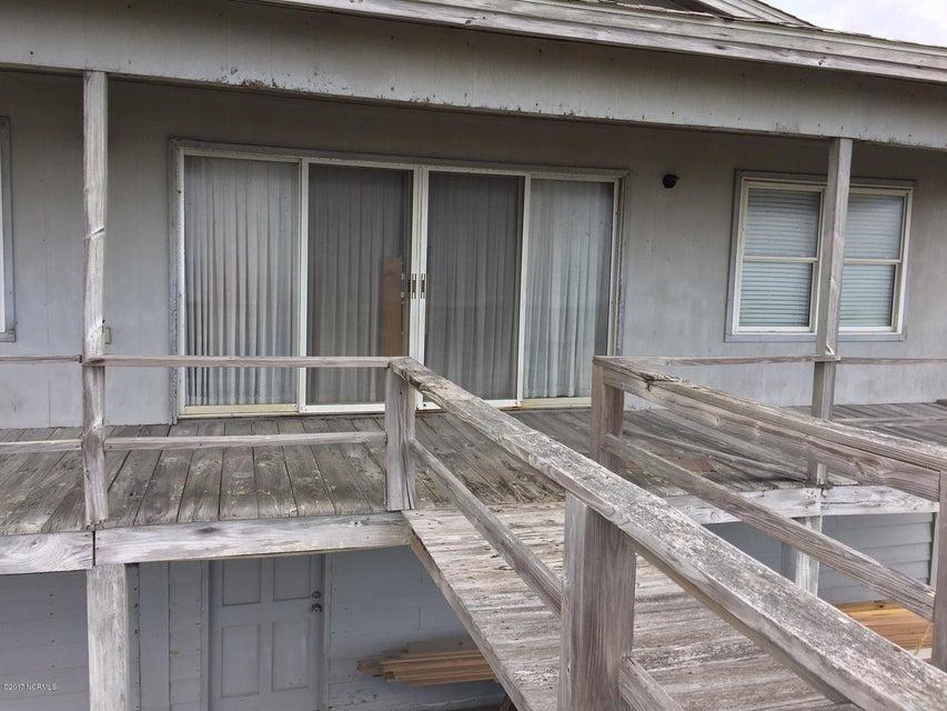Colonial Beach Real Estate - http://cdn.resize.sparkplatform.com/ncr/1024x768/true/20170820142813311640000000-o.jpg
