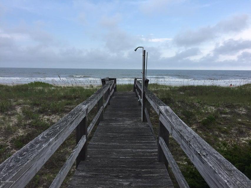 Colonial Beach Real Estate - http://cdn.resize.sparkplatform.com/ncr/1024x768/true/20170820142831823556000000-o.jpg