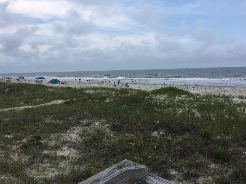 Colonial Beach Real Estate - http://cdn.resize.sparkplatform.com/ncr/1024x768/true/20170820142920277568000000-o.jpg
