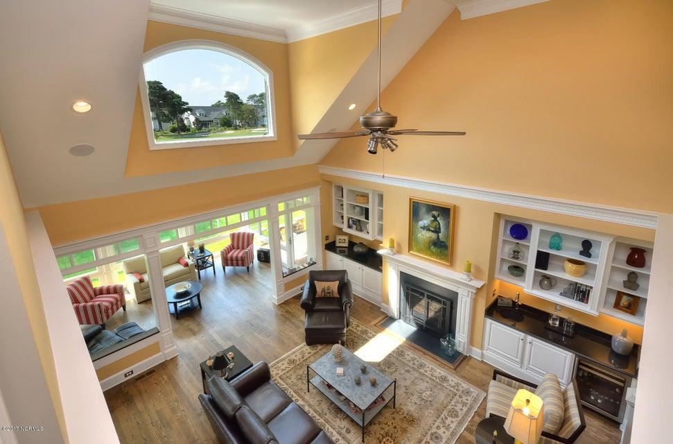 St James Real Estate - http://cdn.resize.sparkplatform.com/ncr/1024x768/true/20170820162152217763000000-o.jpg