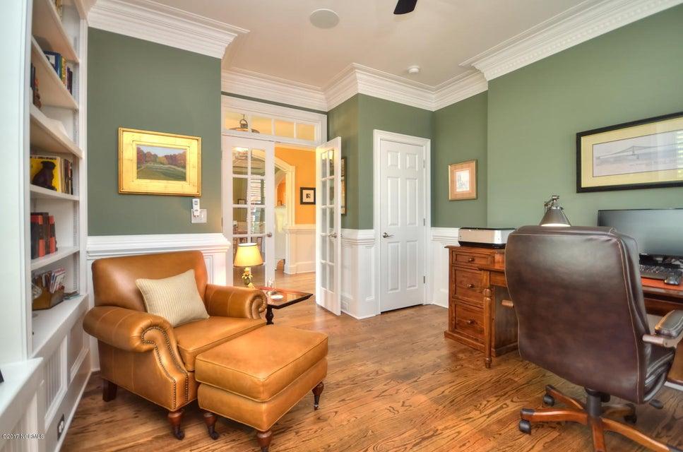 St James Real Estate - http://cdn.resize.sparkplatform.com/ncr/1024x768/true/20170820162203336753000000-o.jpg