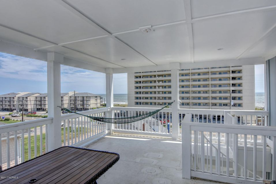 Wilmington Beach Real Estate - http://cdn.resize.sparkplatform.com/ncr/1024x768/true/20170824150005860433000000-o.jpg