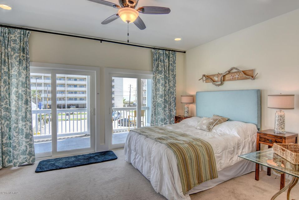 Wilmington Beach Real Estate - http://cdn.resize.sparkplatform.com/ncr/1024x768/true/20170824150013543861000000-o.jpg