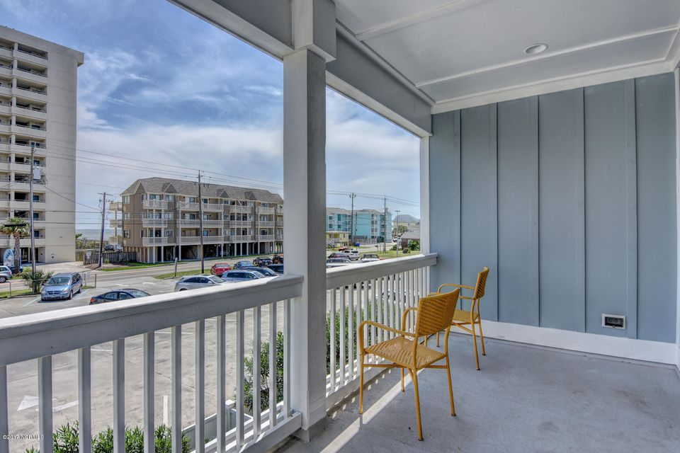 Wilmington Beach Real Estate - http://cdn.resize.sparkplatform.com/ncr/1024x768/true/20170824150020840038000000-o.jpg