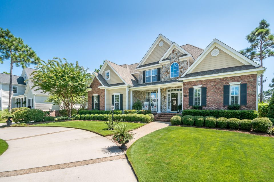 St James Real Estate - http://cdn.resize.sparkplatform.com/ncr/1024x768/true/20170824184314089490000000-o.jpg