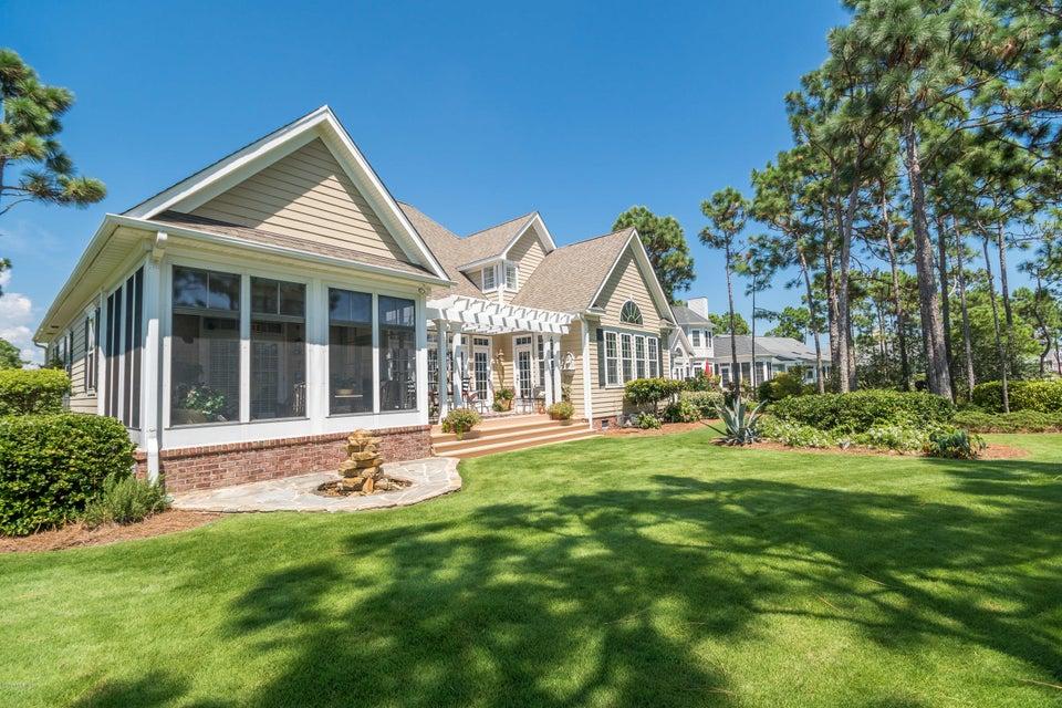 St James Real Estate - http://cdn.resize.sparkplatform.com/ncr/1024x768/true/20170824184440138572000000-o.jpg