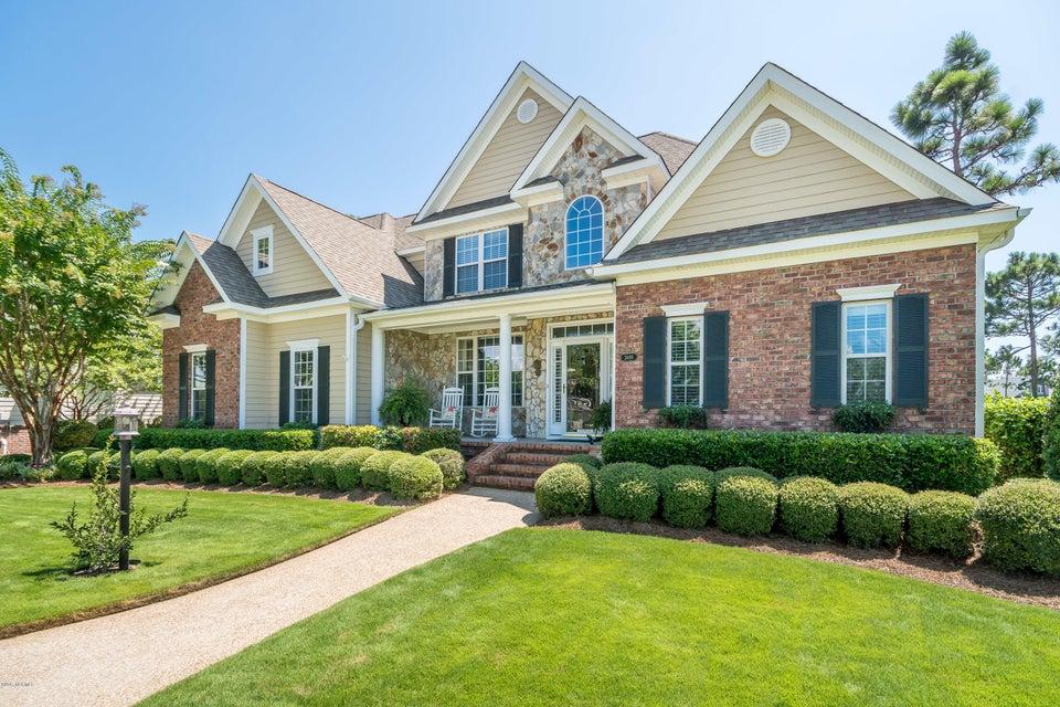 St James Real Estate - http://cdn.resize.sparkplatform.com/ncr/1024x768/true/20170824184444792123000000-o.jpg