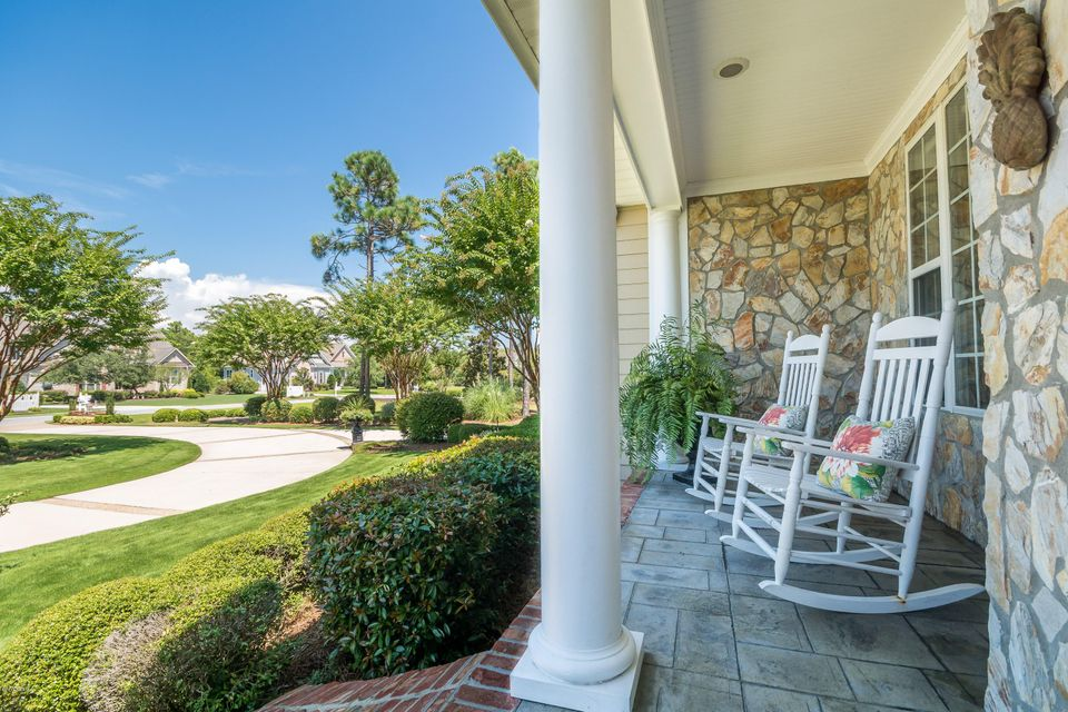St James Real Estate - http://cdn.resize.sparkplatform.com/ncr/1024x768/true/20170824184449633889000000-o.jpg