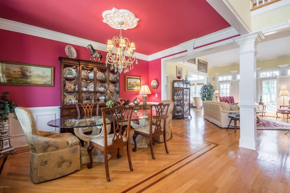 St James Real Estate - http://cdn.resize.sparkplatform.com/ncr/1024x768/true/20170824184509380715000000-o.jpg