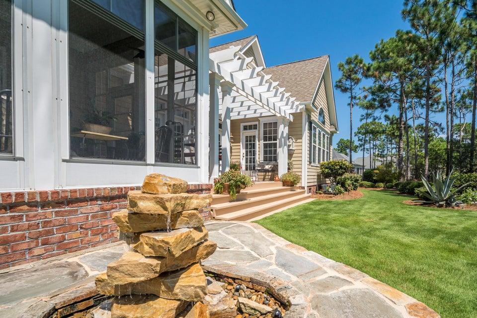 St James Real Estate - http://cdn.resize.sparkplatform.com/ncr/1024x768/true/20170824184522470344000000-o.jpg
