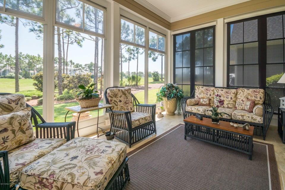 St James Real Estate - http://cdn.resize.sparkplatform.com/ncr/1024x768/true/20170824184529025782000000-o.jpg