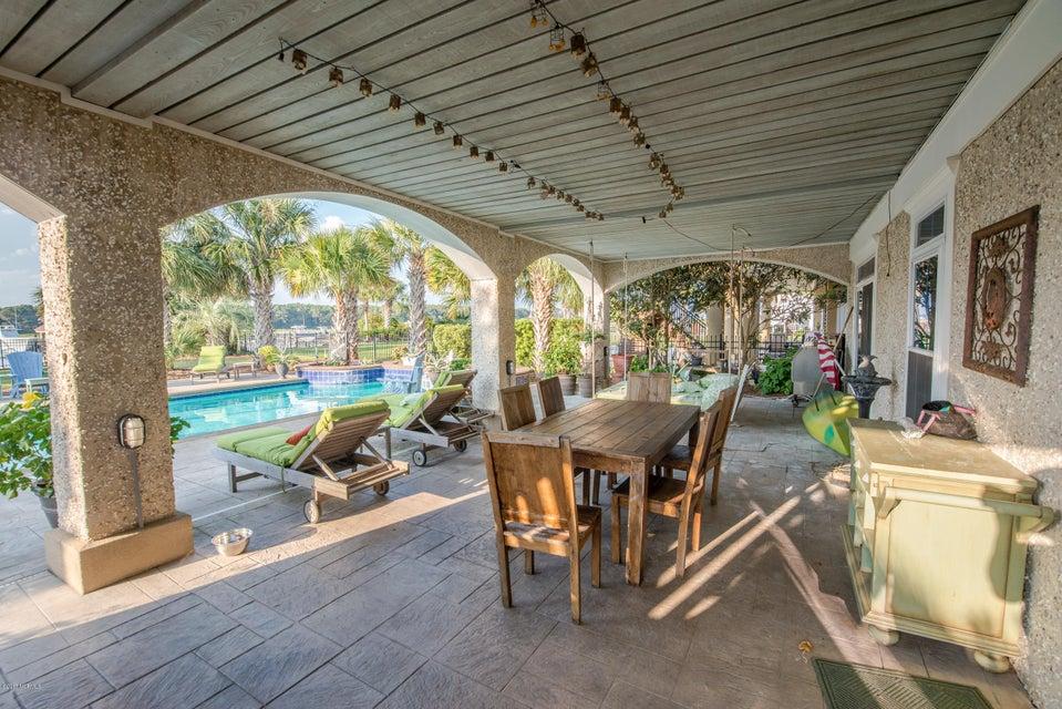 Ocean Isle Beach Real Estate - http://cdn.resize.sparkplatform.com/ncr/1024x768/true/20170829152028128995000000-o.jpg