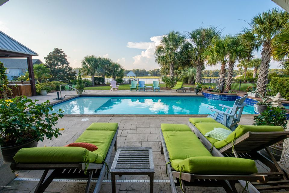 Ocean Isle Beach Real Estate - http://cdn.resize.sparkplatform.com/ncr/1024x768/true/20170829152140948574000000-o.jpg