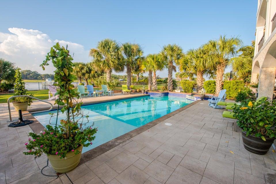 Ocean Isle Beach Real Estate - http://cdn.resize.sparkplatform.com/ncr/1024x768/true/20170829152145942751000000-o.jpg
