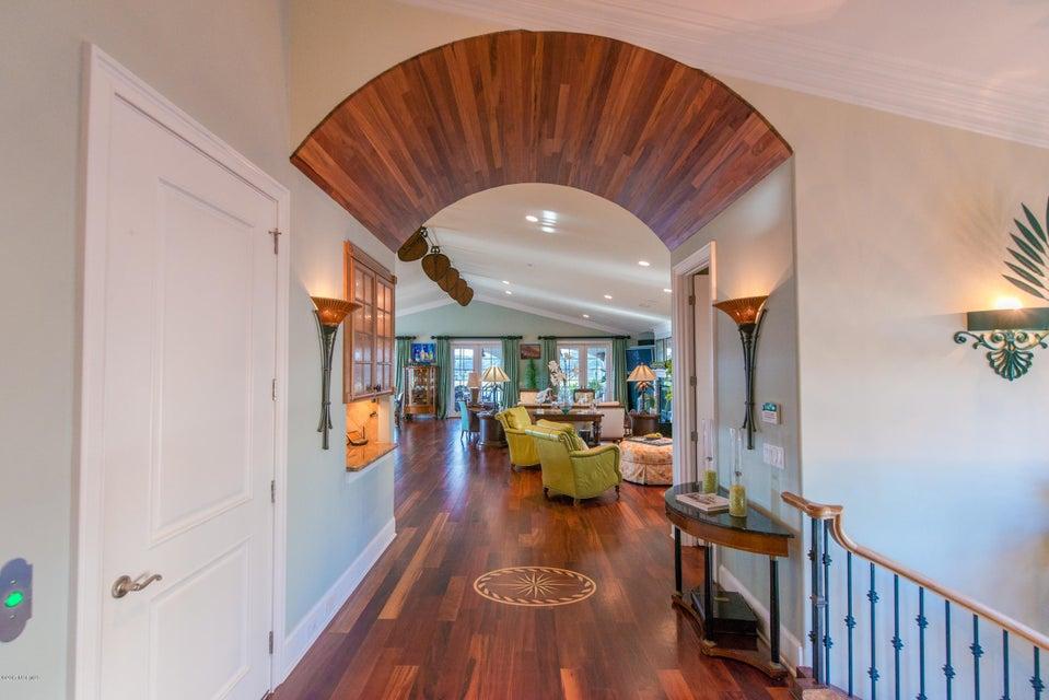 Ocean Isle Beach Real Estate - http://cdn.resize.sparkplatform.com/ncr/1024x768/true/20170829152349670637000000-o.jpg