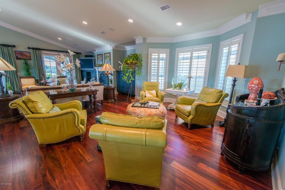 Ocean Isle Beach Real Estate - http://cdn.resize.sparkplatform.com/ncr/1024x768/true/20170829152352592280000000-o.jpg