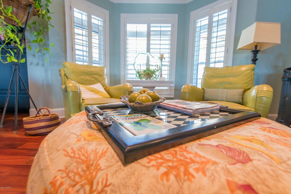 Ocean Isle Beach Real Estate - http://cdn.resize.sparkplatform.com/ncr/1024x768/true/20170829152355125842000000-o.jpg