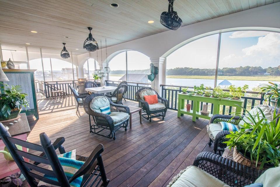 Ocean Isle Beach Real Estate - http://cdn.resize.sparkplatform.com/ncr/1024x768/true/20170829152400688043000000-o.jpg