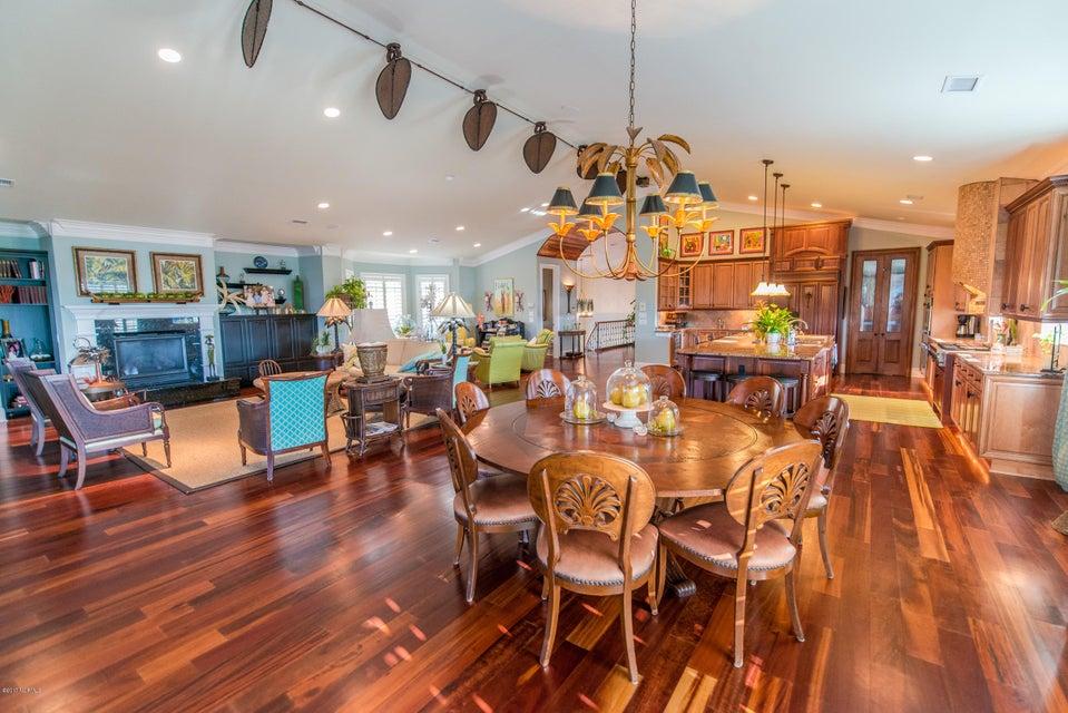 Ocean Isle Beach Real Estate - http://cdn.resize.sparkplatform.com/ncr/1024x768/true/20170829152927375554000000-o.jpg