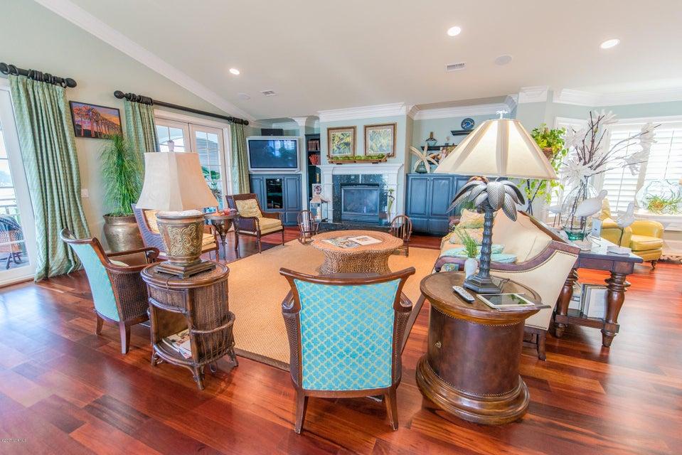 Ocean Isle Beach Real Estate - http://cdn.resize.sparkplatform.com/ncr/1024x768/true/20170829152935925179000000-o.jpg