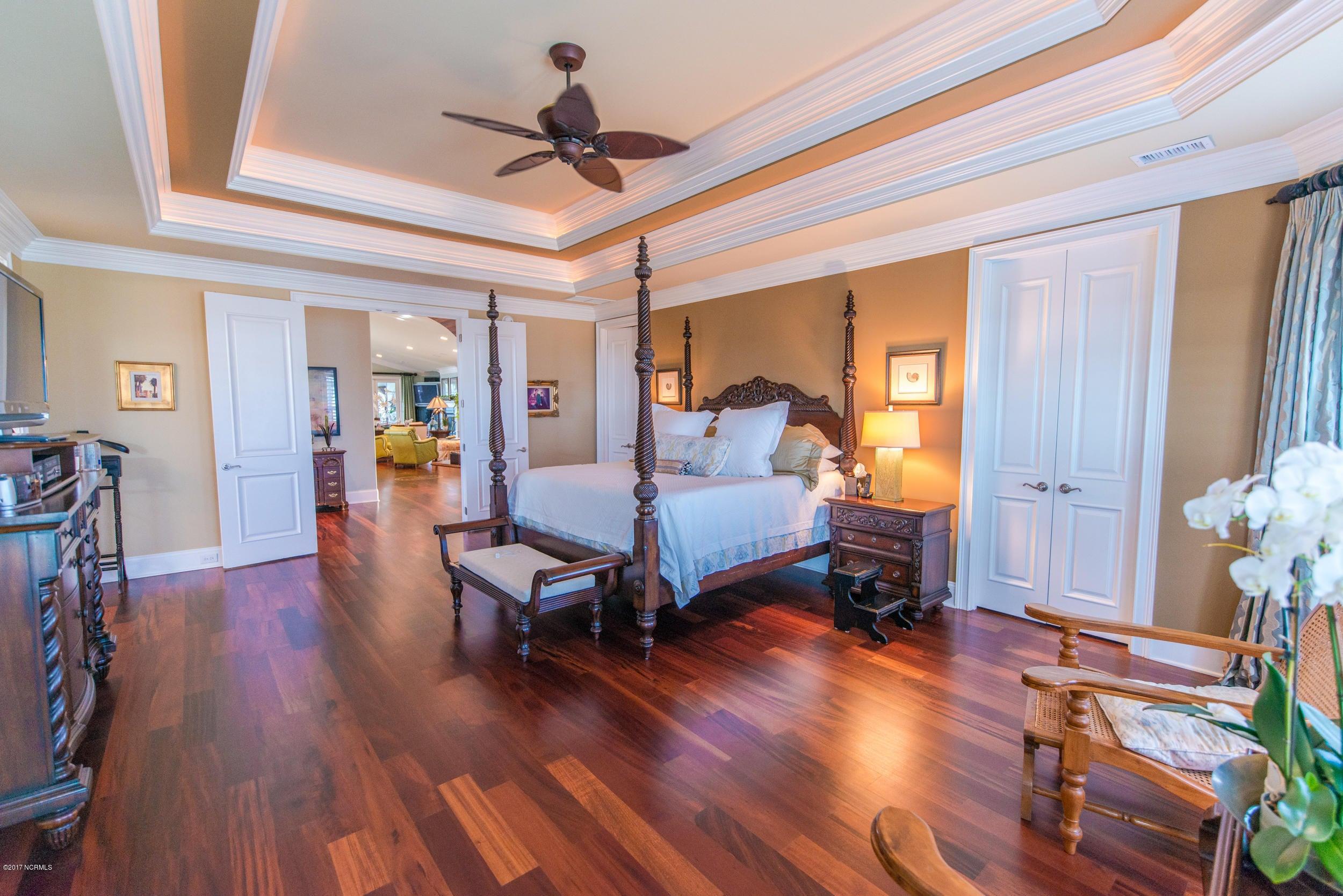 Ocean Isle Beach Real Estate - http://cdn.resize.sparkplatform.com/ncr/1024x768/true/20170829153033205054000000-o.jpg