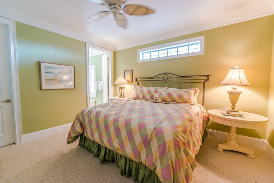 Ocean Isle Beach Real Estate - http://cdn.resize.sparkplatform.com/ncr/1024x768/true/20170829153140934863000000-o.jpg