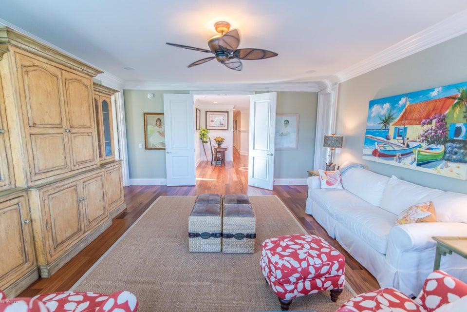Ocean Isle Beach Real Estate - http://cdn.resize.sparkplatform.com/ncr/1024x768/true/20170829153249066704000000-o.jpg