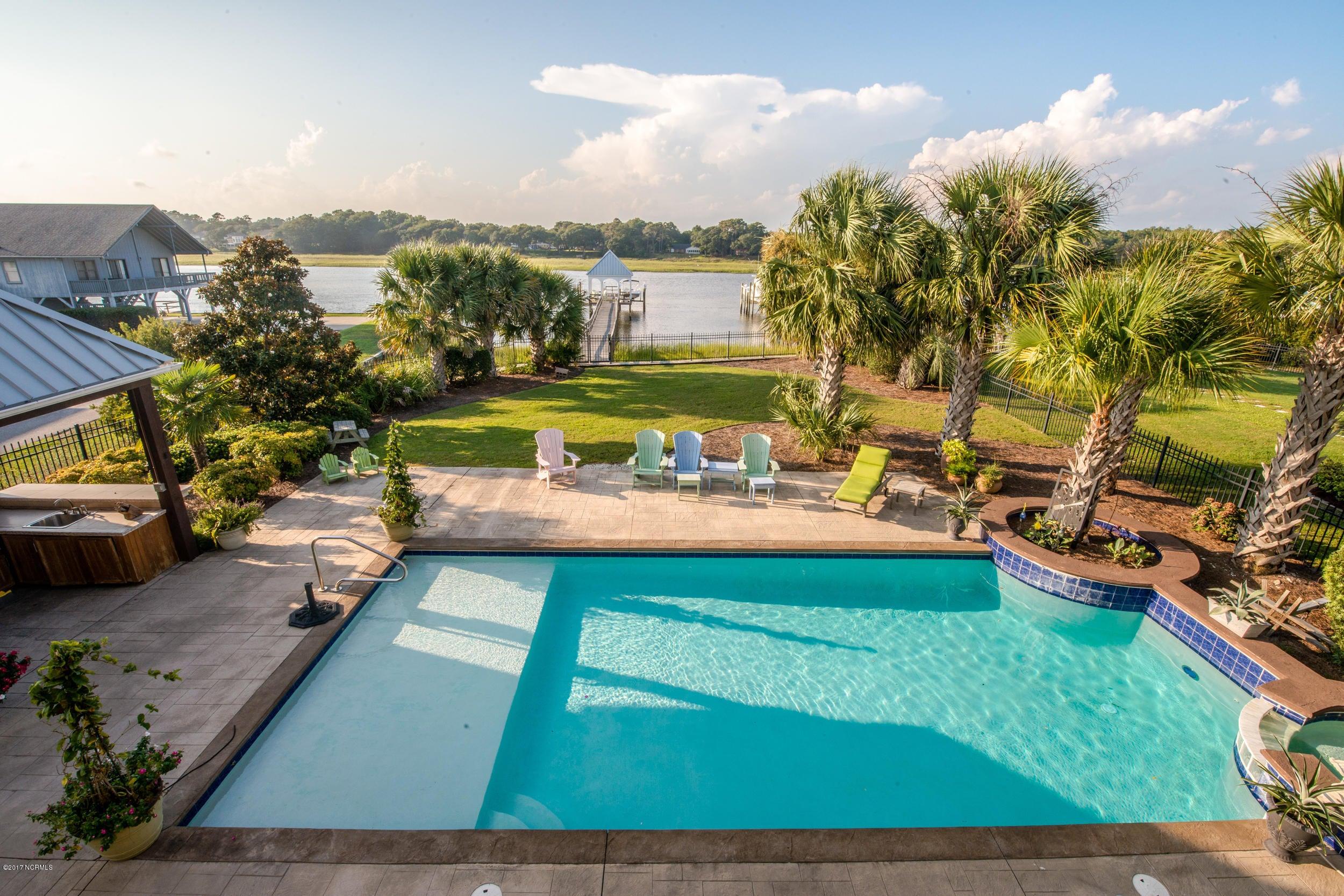 Ocean Isle Beach Real Estate - http://cdn.resize.sparkplatform.com/ncr/1024x768/true/20170829153353706402000000-o.jpg