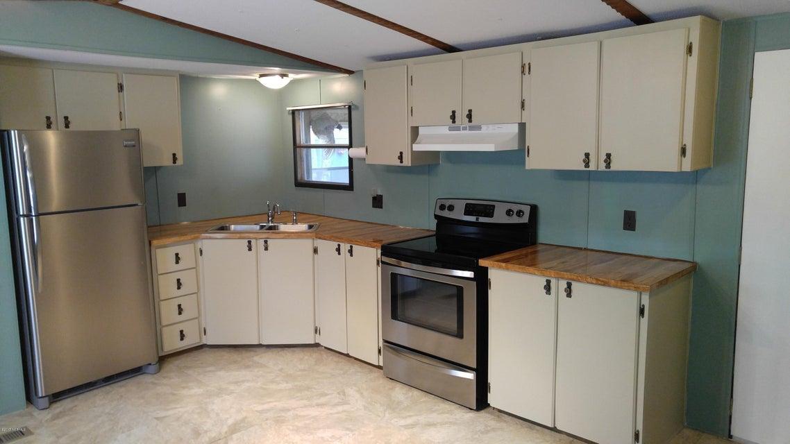 Branchwood Bay Real Estate - http://cdn.resize.sparkplatform.com/ncr/1024x768/true/20170831142556194553000000-o.jpg