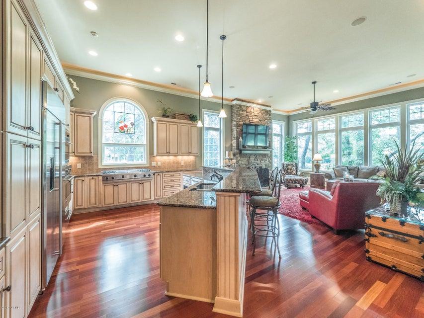Ocean Ridge Real Estate - http://cdn.resize.sparkplatform.com/ncr/1024x768/true/20170831161559761405000000-o.jpg