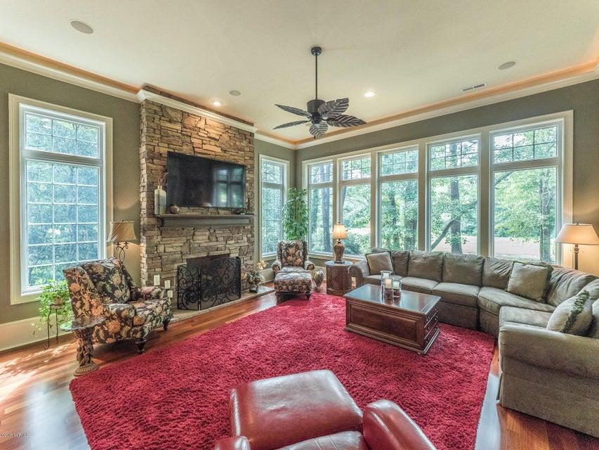 Ocean Ridge Real Estate - http://cdn.resize.sparkplatform.com/ncr/1024x768/true/20170831161613642823000000-o.jpg