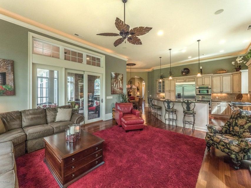 Ocean Ridge Real Estate - http://cdn.resize.sparkplatform.com/ncr/1024x768/true/20170831161619933704000000-o.jpg