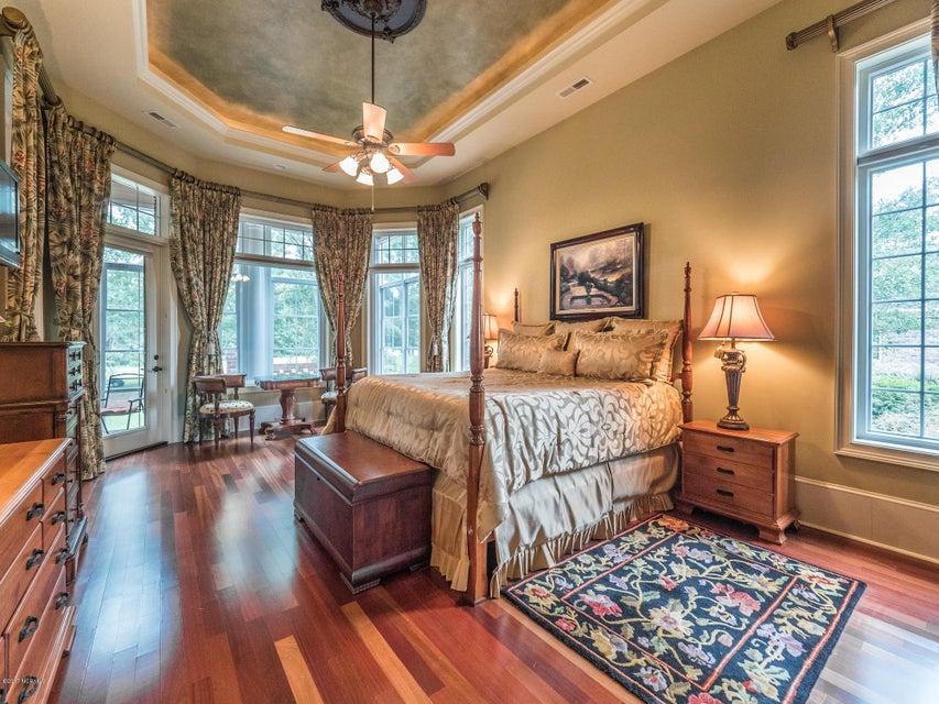 Ocean Ridge Real Estate - http://cdn.resize.sparkplatform.com/ncr/1024x768/true/20170831161627066580000000-o.jpg