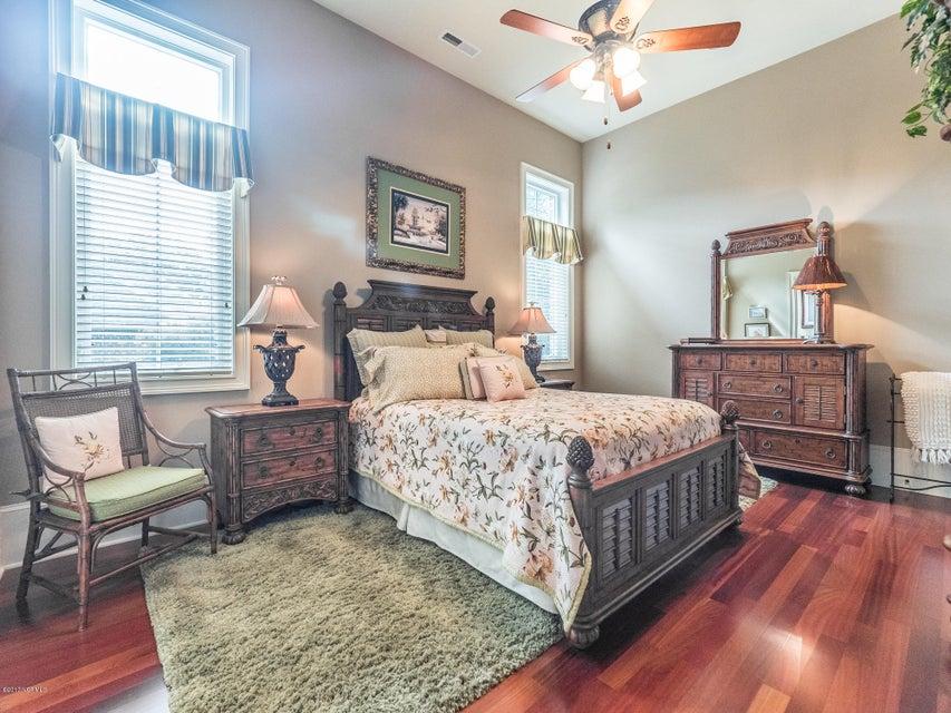 Ocean Ridge Real Estate - http://cdn.resize.sparkplatform.com/ncr/1024x768/true/20170831161706158609000000-o.jpg
