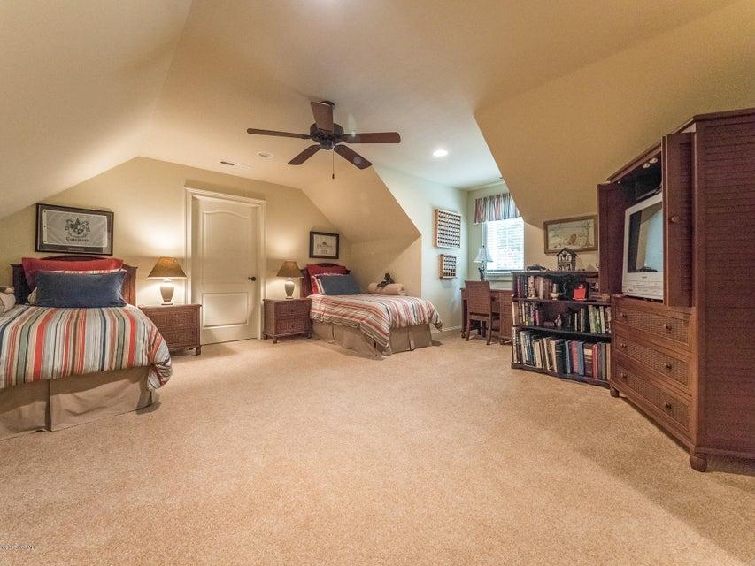 Ocean Ridge Real Estate - http://cdn.resize.sparkplatform.com/ncr/1024x768/true/20170831161714628384000000-o.jpg