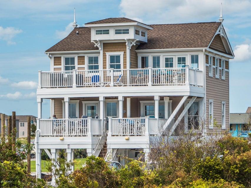 Ocean Ridge Real Estate - http://cdn.resize.sparkplatform.com/ncr/1024x768/true/20170831161821761828000000-o.jpg