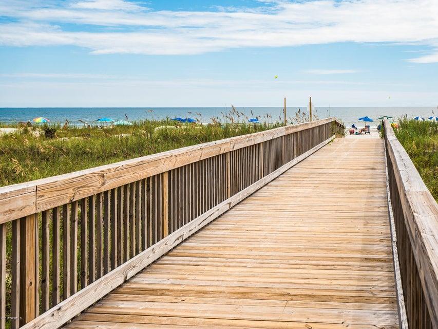 Ocean Ridge Real Estate - http://cdn.resize.sparkplatform.com/ncr/1024x768/true/20170831161826049779000000-o.jpg