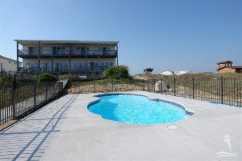 Holden Beach West Real Estate - http://cdn.resize.sparkplatform.com/ncr/1024x768/true/20170901180136266921000000-o.jpg
